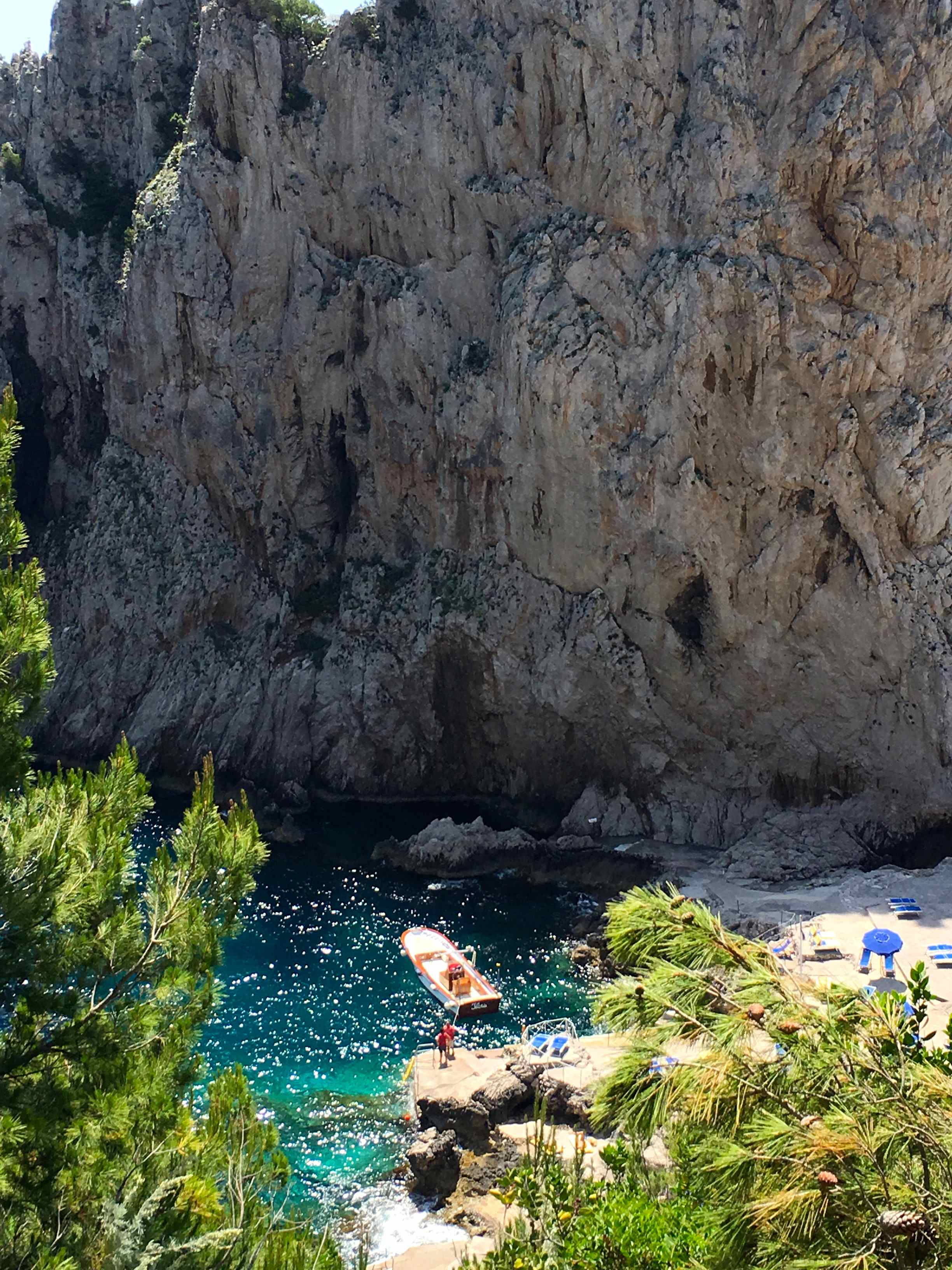 Capri-Beach-Bay
